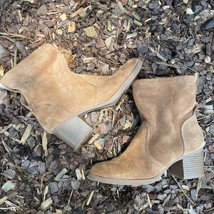 White mountain slouch booties